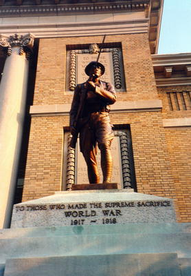00586 World War I Memorial.jpg