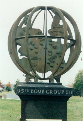 00507 95th Bomb Group.jpg