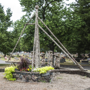 The Ohio Stone Ship of Fostoria Fountain Cemetery 2.jpg